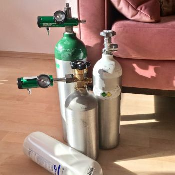 Inappropriate use of oxygen tanks can cause oxygen toxicity which causes seizures and other health challenges. Photo: Internet Source