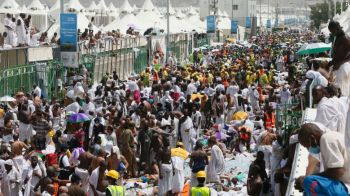 In Thursday's stampede, pilgrims were walking toward the largest of the pillars when there was a sudden surge in the crowd about 9 a.m., causing a large number of people to fall, the Saudi Press Agency said, citing civil defense officials. Information on what led to the surge wasn't immediately available. Photo: Getty Images