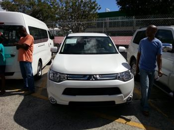 The dealers had on offer from luxury vehicles to mid-priced ones. Photo: VINO