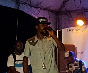 Another view of Popcaan on stage. Photo: VINO