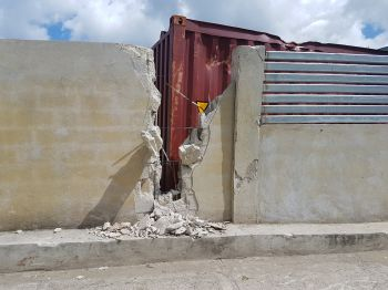 A section of the Elmore Stoutt High School wall damaged by Hurricane Irma. Photo: VINO