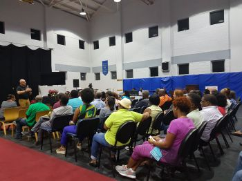 The aim of the forum, which came at no cost to residents, was to allow persons who have yet to settle and accept the proposed amount of money, to ask questions and get answers to better position themselves during the sometimes difficult insurance conversations. Photo: VINO