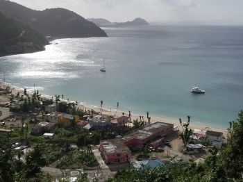 The world famous Cane Garden Bay Beach on Tortola remains closed. Photo: VINO