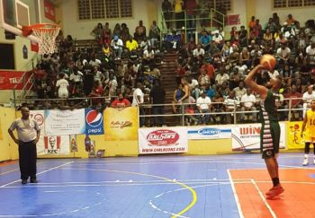 Adrian D. Joseph, at free throw line, had a stellar performance against Curacao, netting a game high 22 points, pulled 5 rebounds and made 2 assists. Photo: VINO