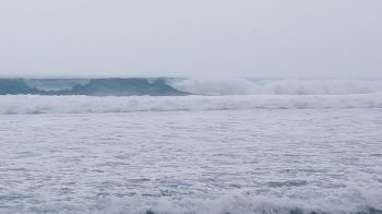 According to the Department of Disaster Management (DDM), beach goers should avoid the beaches due to dangerous surfs and rip currents and mariners should exercise caution while sailing vessels. Photo: VINO