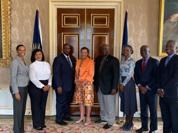 Premier Andrew A. Fahie (R1), 3rd from left, and his delegation paid a courtesy call on Baroness Scotland (4th from left), Secretary-General of the Commonwealth, at the Commonwealth Secretariat at Marlborough House. Among other things, they discussed climate resilience and sustainable development in small states. Photo: Facebook