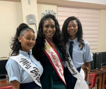 Anjali Elicia Levons, right, and Kimberly Ashanti Smith, left, take a picture with Miss World British Virgin Islands, Rikkiya A. R. Brathwaite. Photo: Facebook