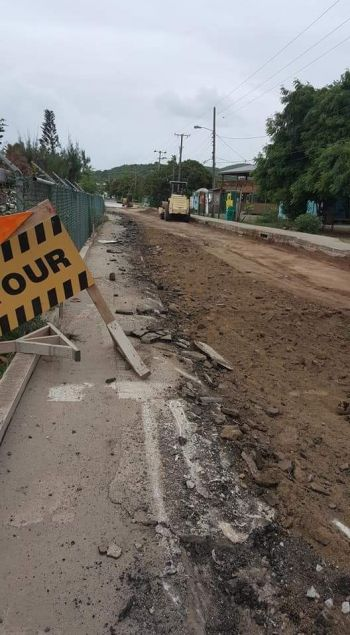 Many residents of the Sister Island of Virgin Gorda were left fuming following what they claimed was the unannounced closure of a section of Lee Road on June 20, 2017. Photo: Facebook