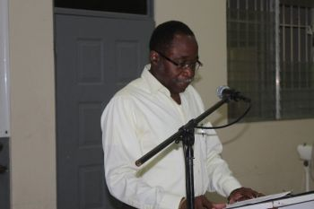 Leader of the Opposition Hon Julian Fraser RA (R3) will speak on issues such as unfinished roads, lack of water and NHI at his public meeting this evening, October 20, 2016. Photo: VINO/File