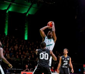 Surrey Scorchers had defeated the Raiders, 97-107, on January 18, 2020 in a game in which Leslee J. Smith (No. 11) had 15 points, 10 rebounds, 5 assists, and 2 blocks in his 29 and a half minutes of play. Photo: Plymouth Raiders/File