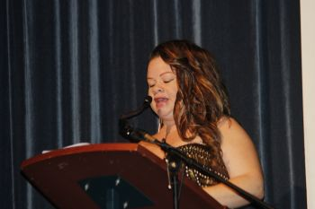 Host of the evening's proceedings Suzanne Rhymer. Photo: VINO