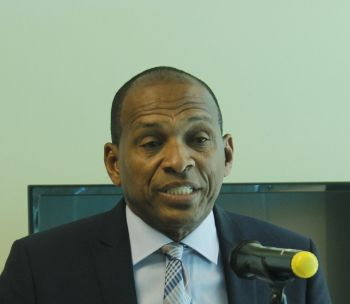 Minister for Communications and Works Hon Mark H. Vanterpool. Photo: VINO