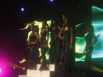 The six young ladies during the opening number. Photo: VINO