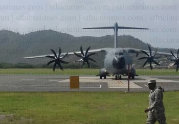 A Royal Air Force Airbus that touched down at Hewanorra International Airport (HIA) in St Lucia with several prisoners from the Virgin Islands on September 25, 2017. Photo: St Lucia Times