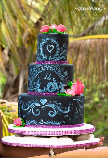 Some of Lestene M. Maduro's beautiful cake creations. Photo: Provided