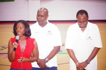 Ms. Hull (left) urged all to take the disease seriously and be sure to get checked for all types of cancers. Also in photo are Chairman of the Hon Julian Fraser Save the Seed National Basketball League Committee Julian Willock and Hon Julian Fraser RA. Photo: Andre 'Shadow' Dawson