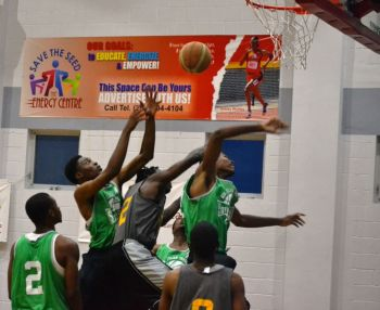 A total of 33 points from Dwayne Stout handed the Young Starz a 92-86 victory over the Spartans on Sunday September 7, 2014, in the latest round of matches in the Hon Julian Fraser/Save the Seed Basketball League. Photo: Charlie E. Jackson/VINO