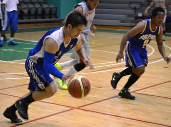 The shorthanded Phillipinas did show a few signs of the speed and skill they possess in moving the ball around, but ultimately faded in the second half to the powerful Gameboys. Photo: Charlie E. Jackson/VINO