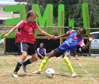 The Girls enjoyed all sorts of football activities, including games and skills challenges. Photo: Charlie E. Jackson/VINO