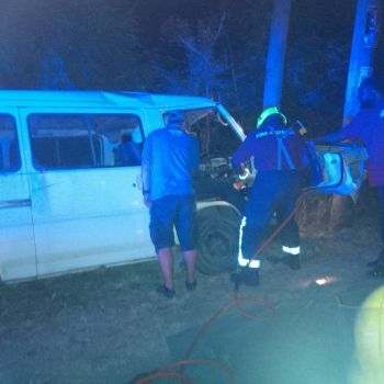 Fire and Rescue Services trying to free the trapped driver at the scene of the accident. Photo: VINO