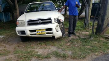 The damaged SUV which was involved in the accident. Photo: Team of Reporters
