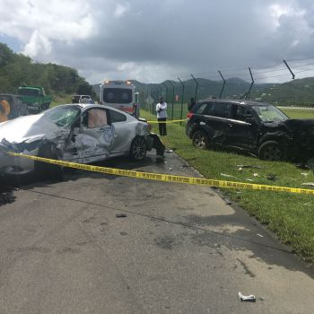 At least one person is said to be in critical condition following the accident on Beef Island today, October 25, 2016. Photo: Team of Reporters
