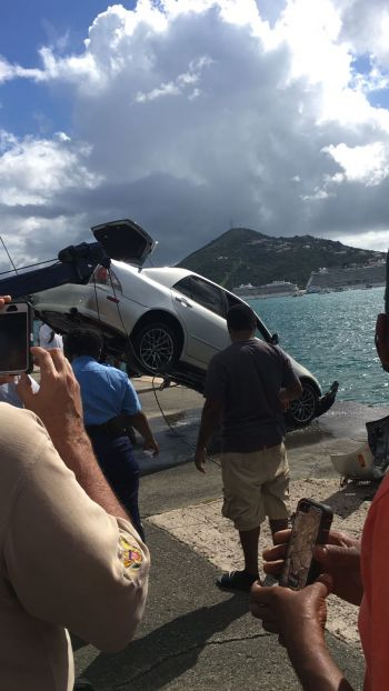 The Virgin Islands Port Authority, Department of Planning and Natural Resources, divers and the VIPD assisted in the rescue effort. Photo: Provided