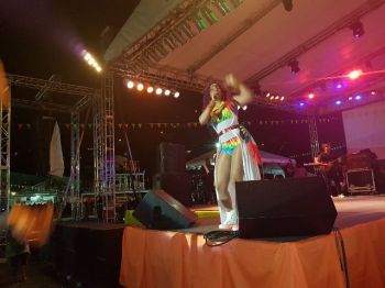 Antiguan singing sensation Tizzy during her high-energy performance. Photo: VINO