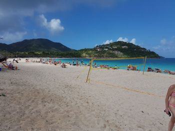 The Long Bay Beach on Beef Island is the new stop for cruise ship tourists following the natural disasters of August and September in the Virgin Islands. Photo: VINO