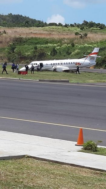 The plane, a Sky High Aviation Services aircraft, was flying from Santo Domingo, Dominican Republic to the island of Dominica. The Douglas-Charles airport has since been officially closed. Photo: Team of Reporters
