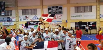 The Dominican Republic are the champions of the 6th annual 'Battle of the Fittest' Basketball Tournament held in Philipsburg, St Maarten. Photo: Team of Reporters