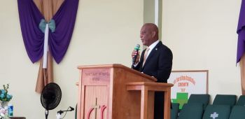 Minister for Natural Resources, Labour and Immigration, Honourable Vincent O. Wheatley (R9), a childhood friend and neighbour of the late Beryl B. Vanterpool, gives tribute at the funeral service on September 5, 2020. Photo: VINO