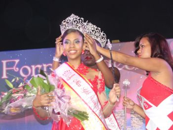 Yadali Thomas has tonight February 1, 2014 copped the crown in the Miss Fifth Form Pageant with the First Runner Up being Ms Mia Francis in a contest that saw the exhibition of talent, poise and intelligence. Photo: VINO
