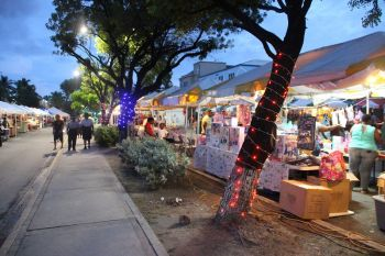 Traffic has been diverted from DeCastro Street due to the 2-day event, Christmas on DeCastro Street. Photo: VINO