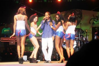 Tino performing his Groovy winning soca 'Facebook'. The song was already a hit as it had become popular since its production. Photo: VINO