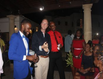 From left: Andy A. Jeffers, Marketing Executive at Digicel, Governor Augusuts J. U. Jaspert and Kevin R. Gordon, CEO of Digicel at the appreciation dinner. Photo: VINO