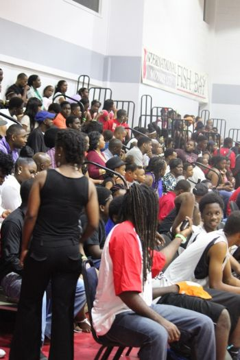 It was a full house at the opening games of the Hon Julian Fraser Save the Seed Basketball League on August 15, 2015. Photo: VINO