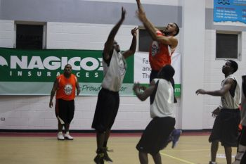 Part of the action between Z6ne Ballers and Spartans. Photo: VINO