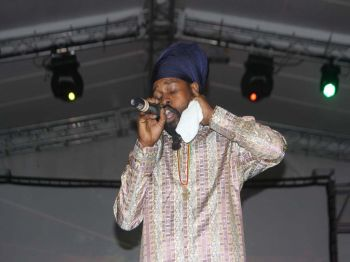 Ras Imo during his soulful performance. Photo: VINO