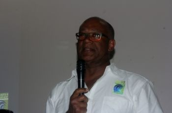Dr David A. Y. Smith making his presentation at the meeting held at the Cane Garden Bay Community Centre. Photo: VINO