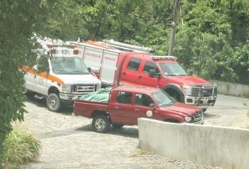 An ambulance and Virgin Islands Fire and Rescue Services were promptly on the scene of the accident today, July 6, 2016. Photo: Team of Reporters
