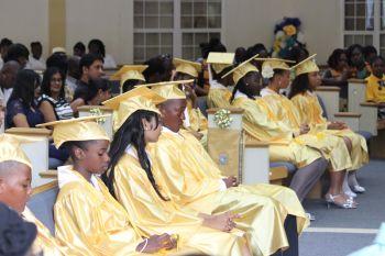 Graduating students of Ebenezer Thomas Primary. Photo: VINO