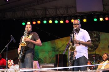 Kamau Georges (left) and Dalan Vanterpool perform during the RT Festival Village opening. Photo: VINO