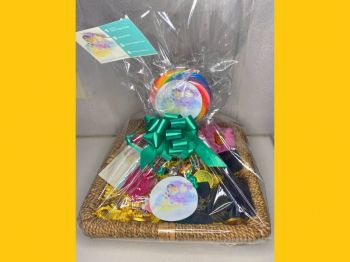 Hamper sold by the Yu'Nique DayDreams online store. Photo: Provided