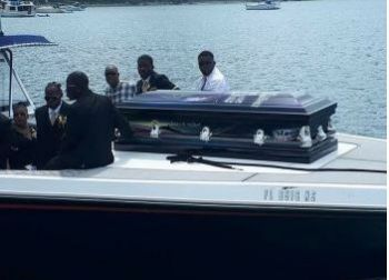 'Miller' laid to rest; given last boat ride. Photo: Team of Reporters