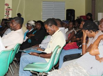 A section of the audience at the community meeting in Carrot Bay. Photo:VINO