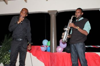 Kirk Adams and Jeremy Vanterpool with heartwarming Vocal and Saxophone performances. Photo: VINO