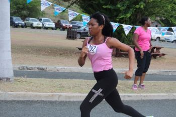 This runner seems determined to beat Breast Cancer! Photo: VINO