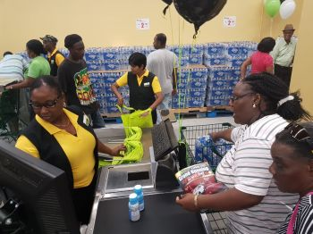Customers already shopping at the reopened store. Photo: VINO