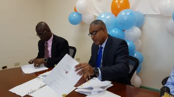 Managing Director, Mr Leroy A. E. Abraham along with Chairman of the Board of Directors Mr Ron R. Potter. Photo: VINO